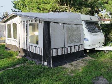 mobilheim mieten ostsee ostsee polen sch nes mobilheim. Black Bedroom Furniture Sets. Home Design Ideas
